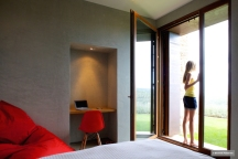 modern-bedroom-french-doors-villa-cp-elisendafontarnau-img_0542